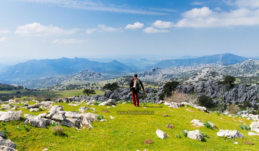 Vistas al oeste desde Las Mesas, falda de la Sierra del Caíllo